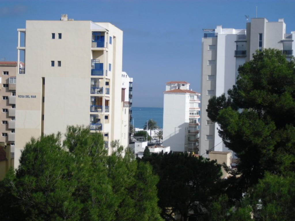 APARTAMENTO A 200 METROS PLAYA GANDIA-PISCINA -TENIS-GARAJE VISTAS AL MAR Y PUERTO   Inmobiliaria Mar Salà