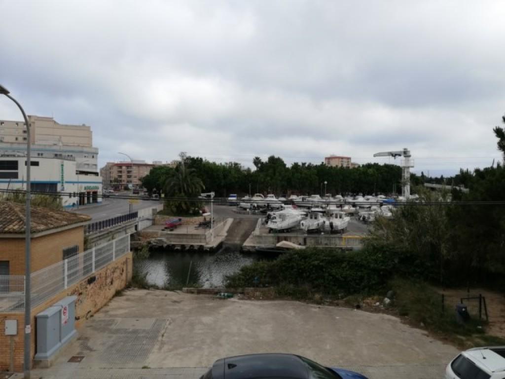 ADOSADO A 900 METROS PLAYA GANDIA CON PISCINA ,JARDIN ,GARAJE, BARBACOA ,TERRAZA | Inmobiliaria Mar Salà